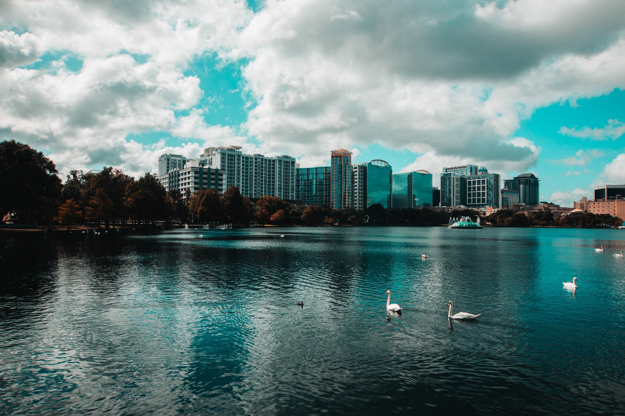 Why Orlando Businesses Should Consider Air Conditioning Systems?